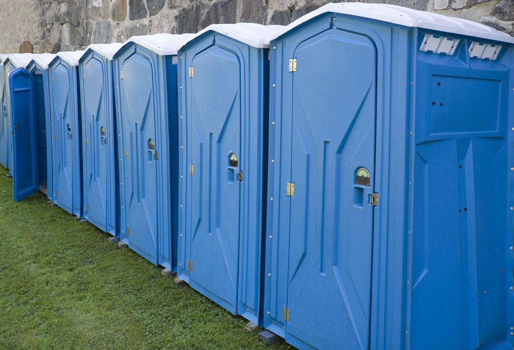 set up and delivery a quality portable toilet rental